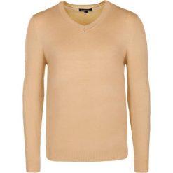 Swetry klasyczne męskie: Sweter w kolorze beżowym