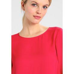 Bluzki asymetryczne: Cortefiel BASIC BLOUSE WITH PINSTICHES IN HEM Bluzka pink