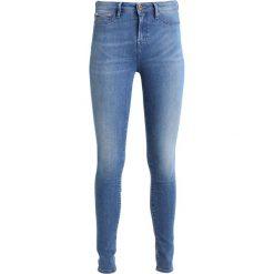 Denham NEEDLE  Jeans Skinny Fit blue denim. Niebieskie rurki damskie Denham. W wyprzedaży za 367,95 zł.