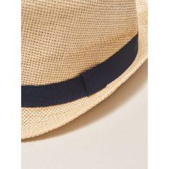 Kapelusz - Beżowy. Brązowe kapelusze damskie marki House. W wyprzedaży za 19,99 zł.