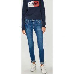 Tommy Jeans - Jeansy. Niebieskie boyfriendy damskie Tommy Jeans, z bawełny. Za 449,90 zł.