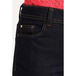 Wallis Petite ELLIE Jeansy Slim Fit indigo. Niebieskie rurki damskie Wallis Petite, petite. W wyprzedaży za 167,20 zł.