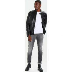Sisley Jeansy Slim Fit grey. Szare jeansy męskie relaxed fit Sisley, z bawełny. W wyprzedaży za 237,30 zł.