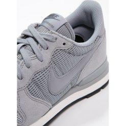 Trampki damskie slip on: Nike Sportswear INTERNATIONALIST Tenisówki i Trampki dark grey/summit white/black
