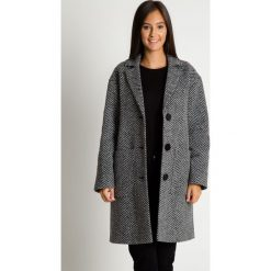 Płaszcz z kołnierzem i kieszeniami BIALCON. Czarne płaszcze damskie pastelowe BIALCON, z wełny, eleganckie. Za 765,00 zł.