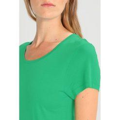 T-shirty damskie: Kaffe ANNA O NECK Tshirt basic jelly bean green