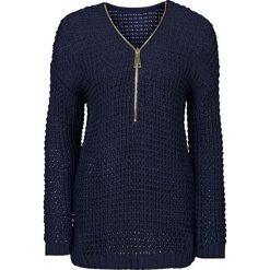 Sweter dzianinowy z zamkiem bonprix niebieski. Niebieskie swetry klasyczne damskie bonprix, z dzianiny. Za 99,99 zł.