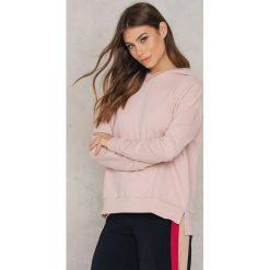 TOBA Bluza Hilda - Pink. Zielone bluzy męskie marki Emilie Briting x NA-KD, l. W wyprzedaży za 161,98 zł.