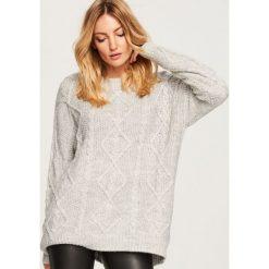 Sweter oversize - Jasny szar. Szare swetry oversize damskie marki Reserved, l. Za 139,99 zł.
