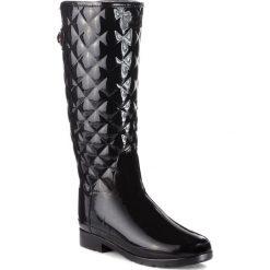 Kalosze HUNTER - Original Refined Quilted Gloss WFT1031RGL  Black. Czarne buty zimowe damskie Hunter, z kauczuku. Za 709,00 zł.