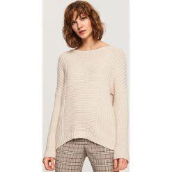 Sweter z wiązaniem z tyłu - Kremowy. Białe swetry klasyczne damskie Reserved, l. Za 79,99 zł.