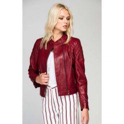 Odzież damska: Skórzana kurtka w kolorze czerwonym