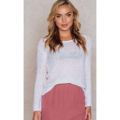 Swetry klasyczne damskie: Rut&Circle Sweter dzianinowy Hilma – White