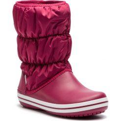 Śniegowce CROCS - Winter Puff Boot 14614 Pomegranate/White. Czerwone buty zimowe damskie Crocs, z materiału. Za 269,00 zł.