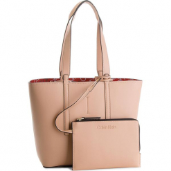 Torebka CALVIN KLEIN - Inside Out Med Shopp K60K604367  901. Brązowe torebki klasyczne damskie Calvin Klein, ze skóry ekologicznej, duże. Za 599,00 zł.