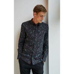 Medicine - Koszula Under The City. Szare koszule męskie na spinki MEDICINE, l, z bawełny, z klasycznym kołnierzykiem, z długim rękawem. Za 129,90 zł.