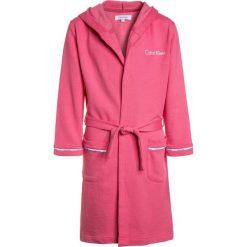 Szlafroki kimona damskie: Calvin Klein Underwear HOODED ROBE Szlafrok pink lemonade