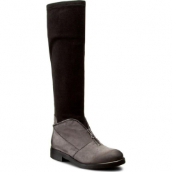 Kozaki CARINII - B3624 G65-E17-000-B42. Czarne buty zimowe damskie Carinii, z materiału, na obcasie. W wyprzedaży za 309,00 zł.