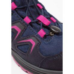 Lowa INNOX EVO GTX JUNIOR Buty trekkingowe navy/beere. Niebieskie buty trekkingowe chłopięce marki CMP, z materiału. W wyprzedaży za 407,15 zł.