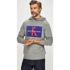 Calvin Klein Jeans - Bluza. Szare bejsbolówki męskie Calvin Klein Jeans, l, z nadrukiem, z bawełny, z kapturem. Za 499,90 zł.