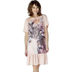 Sukienki hiszpanki: Sukienka w kolorze łososiowym ze wzorem