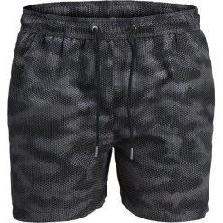 Szorty kąpielowe moro. Czarne szorty męskie marki Jack & Jones, l, z bawełny, z okrągłym kołnierzem. Za 70,52 zł.