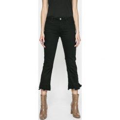 Only - Jeansy New Sissi. Czarne proste jeansy damskie ONLY. W wyprzedaży za 89,90 zł.