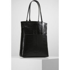Royal RepubliQ ESSENTIAL Torba na zakupy black. Czarne shopper bag damskie Royal RepubliQ. Za 929,00 zł.