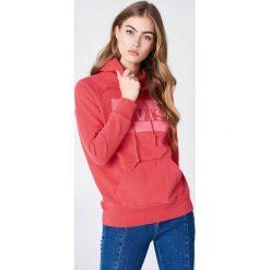 Levi's Bluza z kapturem Graphic Sportswear - Red. Brązowe bluzy z kapturem damskie marki Levi's®, z obniżonym stanem. Za 242,95 zł.