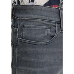 GStar 3301 DECONSTRUCTED SKINNY Jeans Skinny Fit wess grey superstretch. Szare rurki męskie G-Star, z bawełny. Za 559,00 zł.