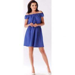 Niebieska Sukienka Koktajlowa Mini z Dekoltem Carmen. Niebieskie sukienki letnie Molly.pl, l, z tkaniny, z kołnierzem typu carmen, z krótkim rękawem, mini. Za 119,90 zł.