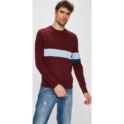 Calvin Klein Jeans - Sweter. Szare swetry klasyczne męskie marki Calvin Klein Jeans, l, z bawełny, z okrągłym kołnierzem. Za 359,90 zł.