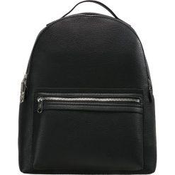 Calvin Klein Jeans ULTRA LIGHT Plecak black. Czarne plecaki damskie Calvin Klein Jeans, z jeansu. W wyprzedaży za 503,20 zł.
