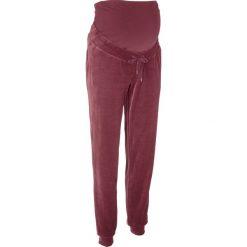 Spodnie ciążowe z dzianiny welurowej nicki bonprix czerwony klonowy. Niebieskie spodnie ciążowe marki bonprix, w paski, z dżerseju. Za 109,99 zł.