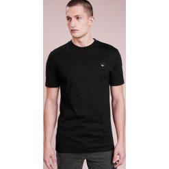 McQ Alexander McQueen CREW TEE Tshirt basic black. Czarne koszulki polo McQ Alexander McQueen, m, z bawełny. Za 419,00 zł.