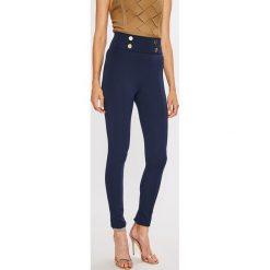 Guess Jeans - Legginsy Conchita. Szare jegginsy damskie Guess Jeans, z podwyższonym stanem. Za 319,90 zł.
