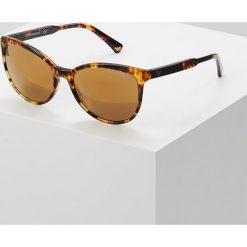 Emporio Armani Okulary przeciwsłoneczne blonde havana. Brązowe okulary przeciwsłoneczne damskie lenonki marki Emporio Armani. Za 649,00 zł.