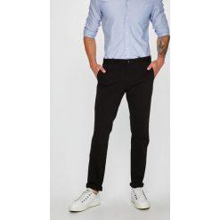 Calvin Klein - Spodnie. Szare chinosy męskie Calvin Klein, z bawełny. Za 399,90 zł.