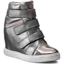 Sneakersy KARINO - 1694-127-P Srebrny Szary. Fioletowe sneakersy damskie marki Karino, ze skóry. W wyprzedaży za 229,00 zł.