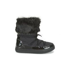 Śniegowce Crocs  LODGEPOINT LACE BOOT W. Różowe buty zimowe damskie marki Crocs, z materiału. Za 271,30 zł.