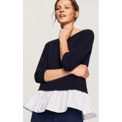 Sweter z falbaną - Granatowy. Niebieskie swetry klasyczne damskie Reserved, m. W wyprzedaży za 34,99 zł.