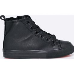 Blukids - Trampki dziecięce. Czarne buty sportowe chłopięce Blukids, z gumy, na sznurówki. W wyprzedaży za 79,90 zł.