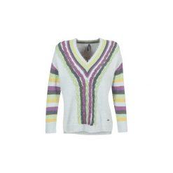 Swetry klasyczne damskie: Swetry Smash  CAMIEL