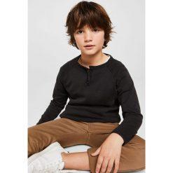 Mango Kids - Sweter dziecięcy Andrew 110-164 cm. Szare swetry chłopięce Mango Kids, z bawełny, z okrągłym kołnierzem. W wyprzedaży za 49,90 zł.