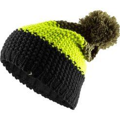 Czapka męska CAM601 - głęboka czerń - Outhorn. Czarne czapki zimowe męskie Outhorn, na jesień, z polaru. Za 29,99 zł.