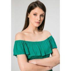 Answear - Sukienka Petal. Szare sukienki dzianinowe marki ANSWEAR, na co dzień, m, casualowe, z krótkim rękawem, mini, rozkloszowane. W wyprzedaży za 59,90 zł.