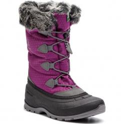 Śniegowce KAMIK - Momentum2 NK2178 Violet. Fioletowe buty zimowe damskie Kamik, z materiału. W wyprzedaży za 289,00 zł.