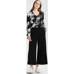 Bluzki asymetryczne: Vero Moda Tall VMKANA Bluzka black