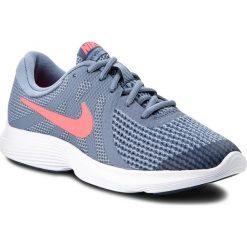 Buty NIKE - Revolution 4 (GS) 943309 400 Ashen Slate/Flash Crimson. Niebieskie buty do biegania damskie marki Nike, z materiału, nike revolution. W wyprzedaży za 169,00 zł.