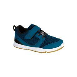 Buty I MOVE. Niebieskie buciki niemowlęce chłopięce DOMYOS. W wyprzedaży za 49,99 zł.